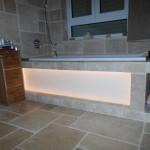 indirekte Badewannenwandbeleuchtung